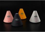 火山加湿器 迷你USB加湿器静音 七彩变色办公室家用桌面雾化器