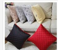 订制绗绣加厚抱枕被车用品空调被多功能两用抱枕被礼品赠送