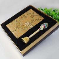 蜀锦笔记本京剧脸谱笔中国特色工艺品中国风手工刺绣圣诞节礼物